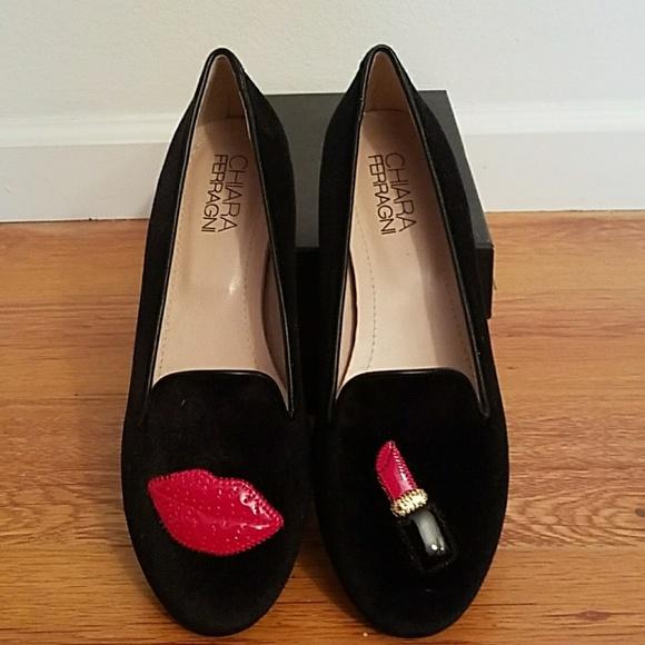 2d10b6f02bc Black velvet Chiara Ferragni lips   lipstick flats